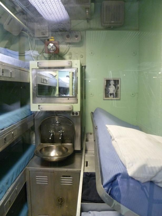 8 officer bunk