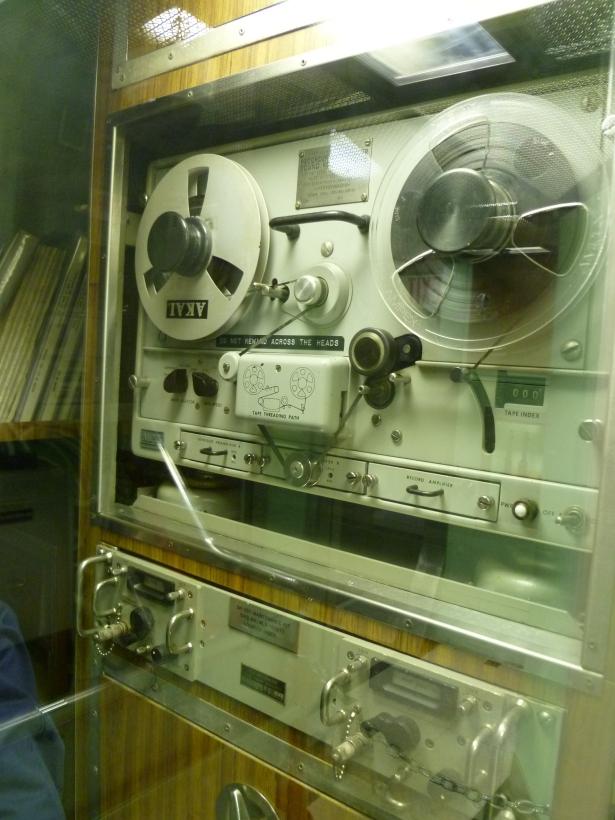 9-2 radio room 2